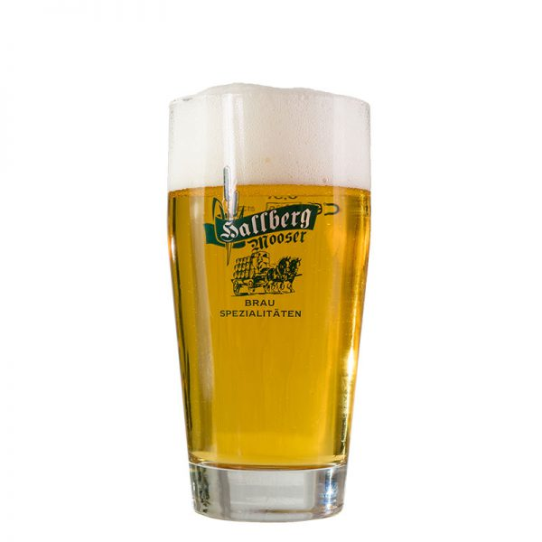 Hallbergmooser-Brauspezialitaeten-Shop-Goldacher-Handwerkerhelles-Glas